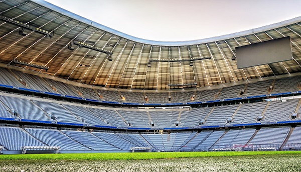 Een panorama op het wondermooie indrukwekkende Allianz Arena