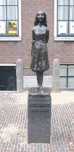 Standbeeld Anne Frank