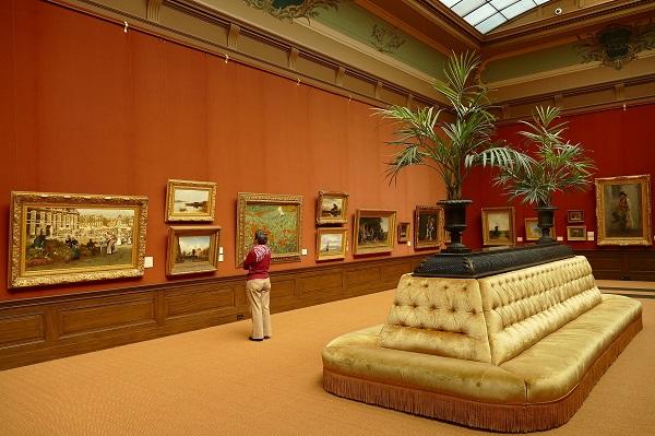 Een zicht op het Teylers Museum