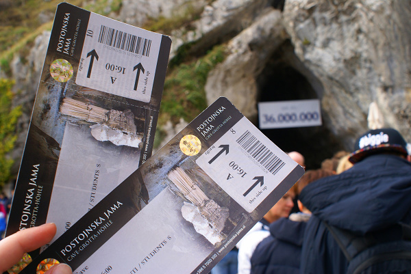 Inkomtickets voor de Grotten van Postojna in Slovenië om 16h